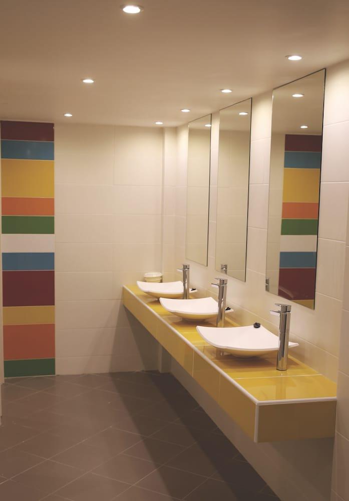 restaurant restrooms happy smarline colors