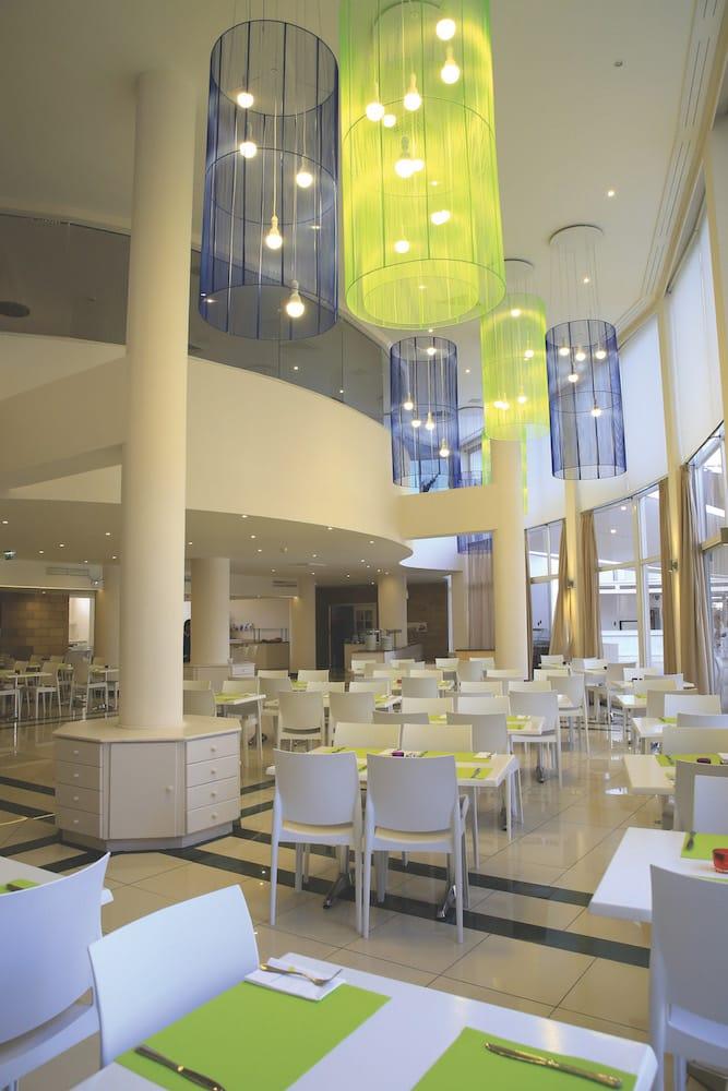 hotel restaurant smartline colors design