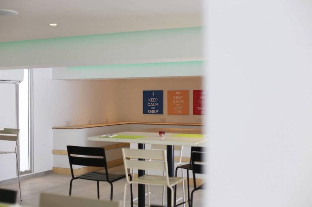 breakfast-buffet-hotel-restaurant
