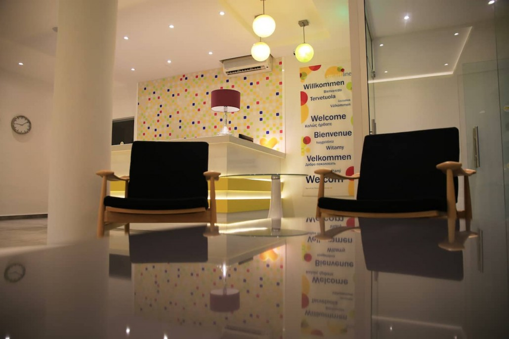 colorful-lobby-reception-welcome