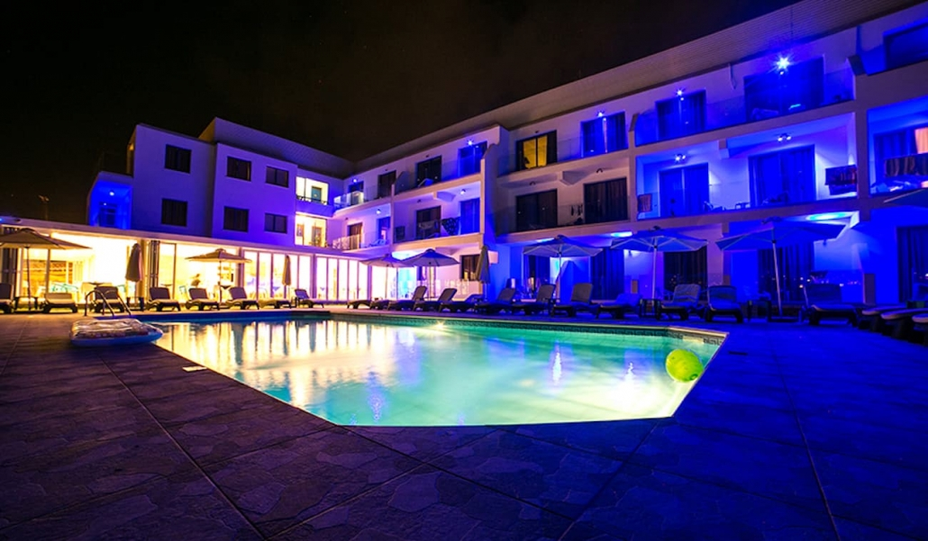 hotel-pool-nightime